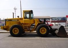 Volvo L120C Wheel Loader Service Repair Manual, The Service Manual contains detailed information, diagrams, actual real photo illustrations and schemes, which give you complete step by step operations on repair, servicing, technical maintenance. This...