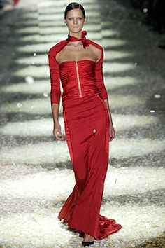 Gucci Fall 2003 Ready-to-Wear - Collection - Gallery - Style.com