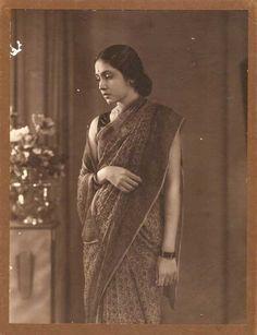 Vintage fashion beauty 17 ideas for 2019 Vintage India, Moda Vintage, Vintage Mode, Jaisalmer, Udaipur, Vintage Photographs, Vintage Photos, Vintage Beauty, Vintage Fashion