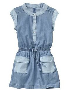 Colorblock pocket dress-Something both my kid and I want.
