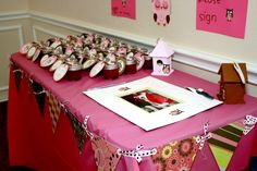 party favor table - homemade strawberry jam!!!! Love it!