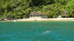 Snorkeling off the Coast of Paraty, Rio de Janerio - 7 Magical Places to Visit in Brazil © Milaglot / milaglot.com