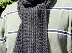 Minimalist Scarf - free patterns on craftsy