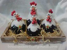 Lindo jogo de maricotas na caixinha/ninho (galinhas feitas em porongo/cabaça) ... R$ 48,00 Polymer Clay Miniatures, Fimo Clay, Polymer Clay Crafts, Farm Crafts, Diy And Crafts, Chicken Crafts, Decorative Gourds, Clay Birds, Polymer Clay Animals
