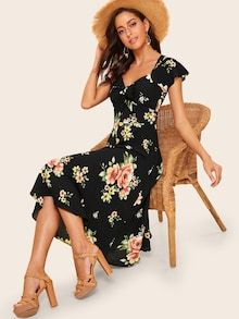 To find out about the Knot Front Flower Print Dress at SHEIN, part of our latest Dresses ready to shop online today! Fit Flare Dress, Fit And Flare, Style Année 70, Natural Clothing, Tie Front Dress, Knot Dress, Sweetheart Dress, Tiered Dress, Models
