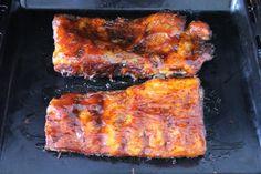 Barbecue oldalas sütése: kend be a szósszal Tandoori Chicken, Pork, Ethnic Recipes, Crickets, Kale Stir Fry, Pork Chops