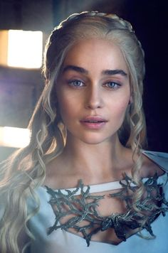 Emilia Clarke is so beautiful