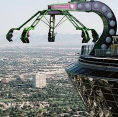 10 Scariest Thrill Rides on the Planet Insanity Stratosphere Hotel and Casino Las Vegas Vegas Vacation, Las Vegas Trip, Vacation Spots, Stratosphere Las Vegas, Nevada, San Fransisco, Mandalay, Luxor, Wyoming