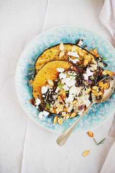 Warm salad of roasted squash with quinoa, lentils and feta | Tartamour