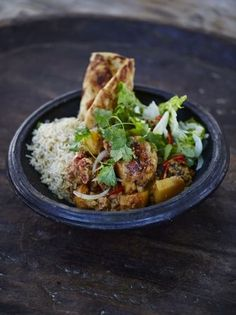 Gurkha chicken curry by Jamie Oliver: http://www.jamieoliver.com/recipes/chicken-recipes/gurkha-chicken-curry/