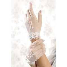 These lace gloves are really beautiful. Lace Gloves, White Gloves, Tea Party Outfits, Vintage Gloves, Wedding Gloves, Southern Belle, Southern Charm, Looks Vintage, Bridal Lace