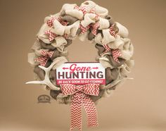Show off your rustic spirit and love for hunting with this classic burlap wreath featuring genuine white tail deer antlers and 'Gone Hunting' sign.  It's perfect for anyone who loves hunting or rustic decor, and western or country style accents. If you are looking for the perfect rustic front door wreath or wall wreath, see our wreath gallery for more options. http://www.missiondelrey.com/southwestern-antler-wreath-22-gone-hunting-w348/