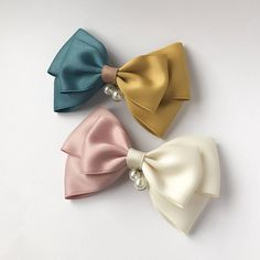 Diy Crafts - Handmade half and half hair bow // with french barrette // Ribbon Hair Clips, Ribbon Hair Bows, Diy Hair Bows, Diy Bow, Ribbon Flower, Fabric Flowers, Felt Hair Accessories, Girls Accessories, Hair Bow Tutorial