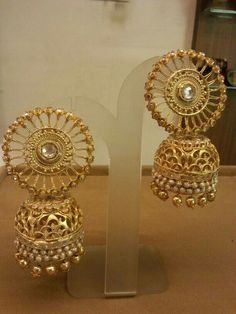 DesertRose,,,,IT'S beautiful — indian jewelry Wedding Jewellery Inspiration, Indian Wedding Jewelry, Bridal Jewelry, Gold Jewelry, Gold Necklaces, Fancy Jewellery, Filigree Jewelry, Gold Bangles, Indian Bridal