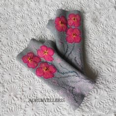 Felted Mittens READY TO SHIP Light Gray Pink Gloves Arm warmers Fingerless gloves Winter gift  Wool gloves Fingerless Mittens Gift for her