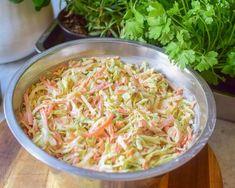 Coleslaw - Perfekt tilbehør til grillmat!   Gladkokken Coleslaw, Lchf, Nom Nom, Cabbage, Bacon, Spaghetti, Food And Drink, Dinner, Vegetables