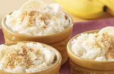Discover our recipe rated by 25 members. Banana And Rice, Vegan Vegetarian, Vegetarian Recipes, Just Desserts, Dessert Recipes, Banana Slice, Recipe Ratings, Toasted Coconut, Pudding Recipe