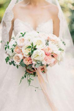 Soft pink rose bouquet
