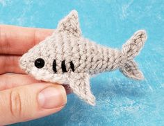 Ravelry: Sam the Shark Amigurumi pattern by Rachel Baumann/ ChiChi's Whimsical Crochet Crochet Amigurumi Free Patterns, Crochet Animal Patterns, Crochet Dolls, Crochet Shark, Crochet Fish, Kawaii Crochet, Cute Crochet, Easy Crochet Animals, Crochet Gifts