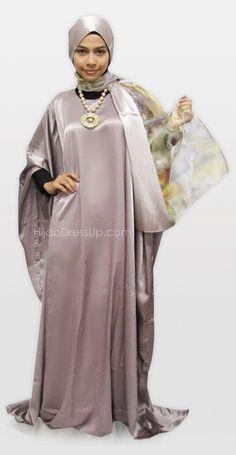 Butterfly Abaya, Beautiful Muslim Women, Kaftans, Abayas, Abaya Fashion, Salwar Suits, Sewing Projects, Hijab Ideas, Daughter