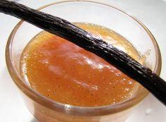Vaníliás őszibarack lekvár Panna Cotta, Ethnic Recipes, Food, Dulce De Leche, Essen, Meals, Yemek, Eten