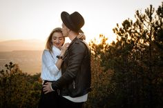 #verlobung #shooting #fotoshooting #verlobungsfotos #pärchenfoto #pärchenshooting #verliebt #verlobt #loveisintheair #engagement Love Is In The Air, Portrait, Couple Photos, Couples, Pictures, Wedding Photography, In Love, Photo Shoot, Couple Shots