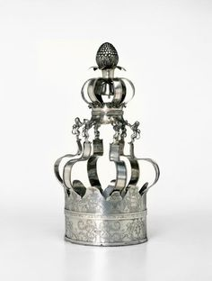 Torah crown dedicated to the synagogue in Safed Poland 1841