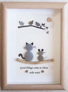 Cats and Birds Creative Things, Pebble Art, Window Curtains, Stone Art, Cute Gifts, Rock Art, Sea Glass, Projects To Try, Card Ideas