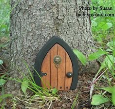 Fairy doors! OMG, love this!!! I need these for several trees in my yard, especially the fig tree!