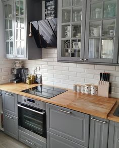 Most Popular Kitchen Design Ideas on 2018 & How to Remodeling design ideas becomes one of the important points - cooking will feel easier and fun - kitchen renovation - anti kitchen sink clogged - clean kitchen Grey Kitchen Cabinets, Kitchen Countertops, Bodbyn Kitchen Grey, Grey Ikea Kitchen, Bodbyn Grey, Kitchen Country, Upper Cabinets, Floors Kitchen, Kitchen Tile