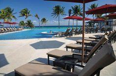 ¡Contáctanos antes del 31 de diciembre para aprovechar los descuentos especiales de pre-venta! Nuevo complejo de condominios en Playa del Carmen con restaurantes gourmet, albercas, spa y centro comercial. Desde $239,000 USD
