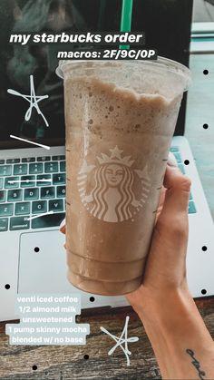Starbucks Hacks, Starbucks Frappuccino, Starbucks Secret Menu Drinks, Starbucks Iced Coffee, Low Calorie Starbucks Drinks, Bebidas Do Starbucks, Healthy Starbucks Drinks, Iced Coffee Drinks, Pink Drink Recipes