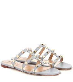 Valentino Garavani Rockstud Leather Sandals In Blue Leather Sandals Flat, Flat Shoes, Flat Sandals, Leather Shoes, Real Leather, Valentino Shoes Flat, Luxury Shoes, Summer Shoes, Shoes Sandals