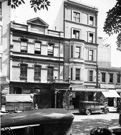 The Custom House Hotel at Macquarie Place,Sydney in 1925. •State Library of NSW• 🌹