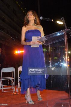 Melania Trump attends to christen the Norwegian Jewel cruise ship at the Port of Miami on November 2005 in Miami, Florida. Melina Trump, Melania Knauss Trump, Best Cruise Ships, Trump Is My President, Standing Poses, First Lady Melania Trump, Strapless Dress Formal, Cruise Vacation, Jewel