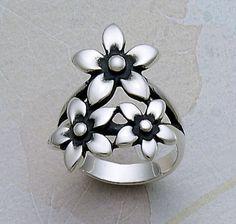 Flower Bouquet Ring #jamesavery
