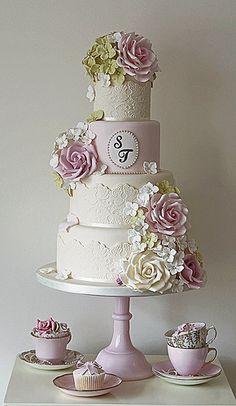 Country Garden Wedding Cake #bolo #noiva