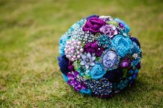 brooch bouquet | added crocheted flowers