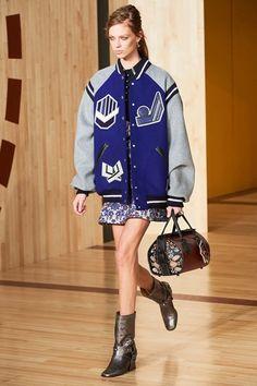 Coach 1941 Fall 2016 Ready-to-Wear Fashion Show - Lexi Boling Vogue Fashion, Fashion Week, New York Fashion, Fashion Show, Fashion Trends, Coach 1941, Winter Trends, Fall 2016, Editorial Fashion