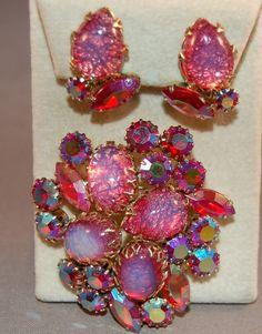 Opalized Fuschia Foil Cabachons w/Hot Pink AB Rhinestones! RARE Coro Brooch SET! #Coro