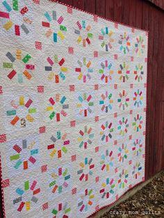 crazy mom quilts: the happy quilt - scrap friendly quilt