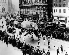 Vintage 1930, Macy's Thanksgiving Day Parade, NYC, www.RevWill.com