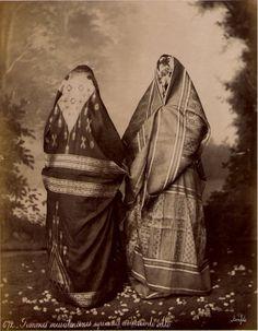 Felix Bonfils, Syrian Muslim women in town dress, ca. 1880