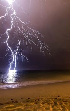 Lightning striking the sea. I used to watch nightly thunderstorms over the Atlantic when I lived at Cape May. lightning storms, lightning and thunderstorms. Dame Nature, Thunder And Lightning, Lightning Storms, Wild Weather, Lightning Strikes, Natural Phenomena, Thunderstorms, Tornados, Beautiful Sky