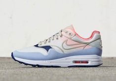 #sneakers #news  Nike Goes Hard With Rip-Stop Nylon Uppers On Women's Air Maxes