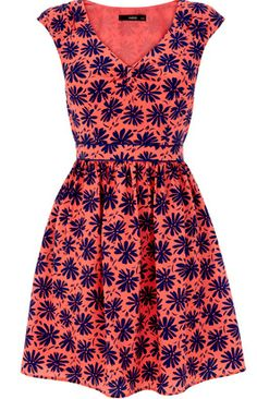 Orange Daisy Dress - loving the little cap sleeves.