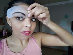 {Review} Avon Eye Brow Stencils - Beauty Candy Loves