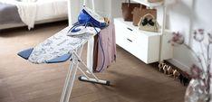 Dacă aveți un fier de călcat performant, cu siguranță aveți nevoie și de o masă de călcat de calitate. Mesele de călcat moderne sunt mult mai mult decât un simplu suport pentru haine, oferind funcții multiple precum încălzirea sau aspirarea. Aflați care este cea mai bună masă de călcat și cum vă poate ajuta... Kids Rugs, Modern, Interior, Home Decor, Design, Trendy Tree, Decoration Home, Kid Friendly Rugs, Room Decor