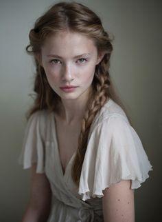 natural make up / braids