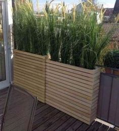 Ideas Apartment Patio Privacy Plants Decorating Ideas For 2019 Privacy Screen Plants, Balcony Privacy, Balcony Planters, Garden Privacy, Patio Plants, Wooden Planters, Tall Planters, Garden Plants, Diy Patio